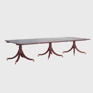 classic-three-pillar-dining-table
